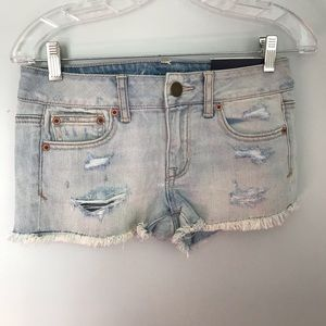 NWT AE stretch shortie distressed jean shorts